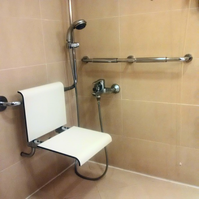 Intercon shower