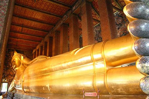 reclining-buddha-bangkok-2